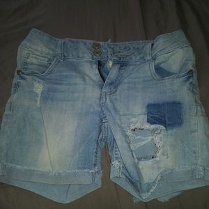 Blue jean ripped shorts